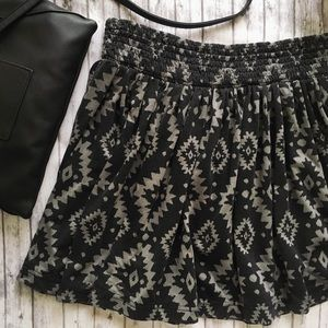 4/$25 | F21 Aztec Skater Skirt